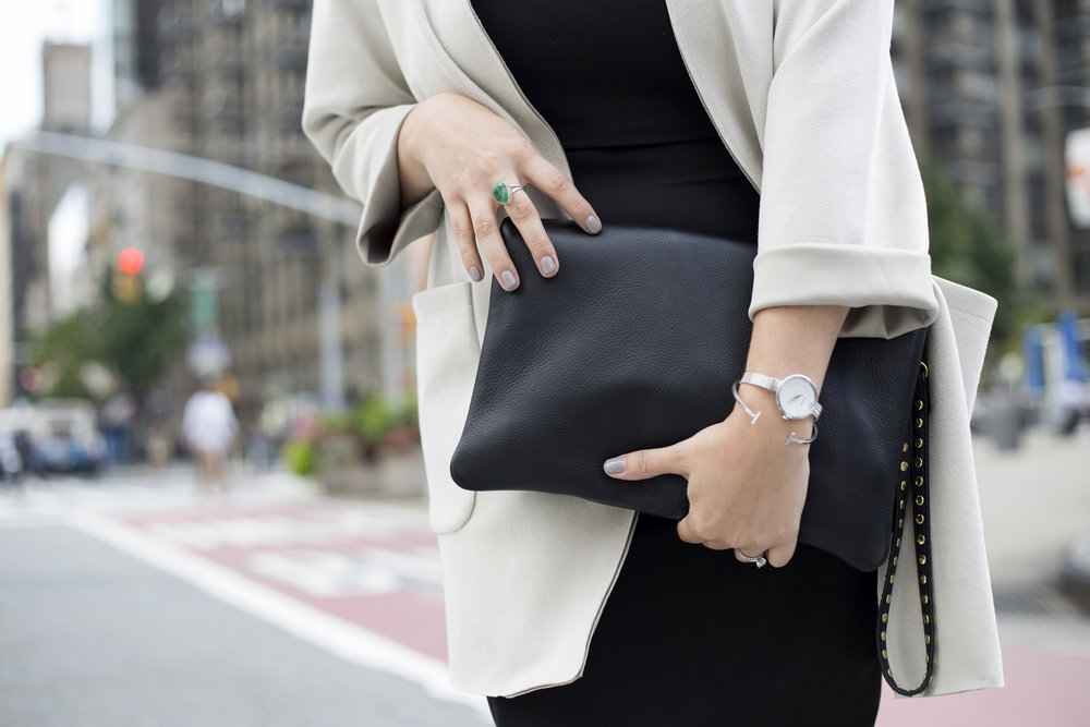 The TAH Everyday Clutch is by far the most versatile clutch! It's a timeless 4 in 1 bag that will last for years.