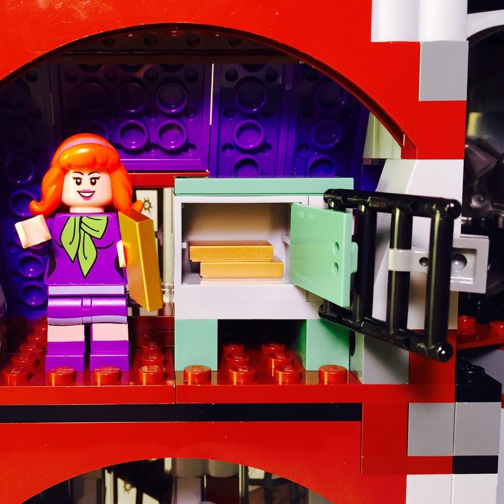 Mystery Mansion 11.jpg