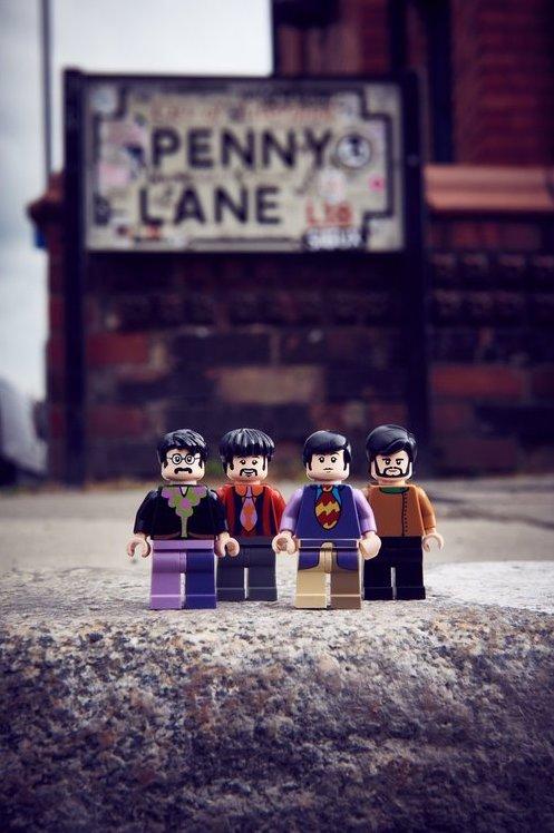 ©2016 LEGO Group