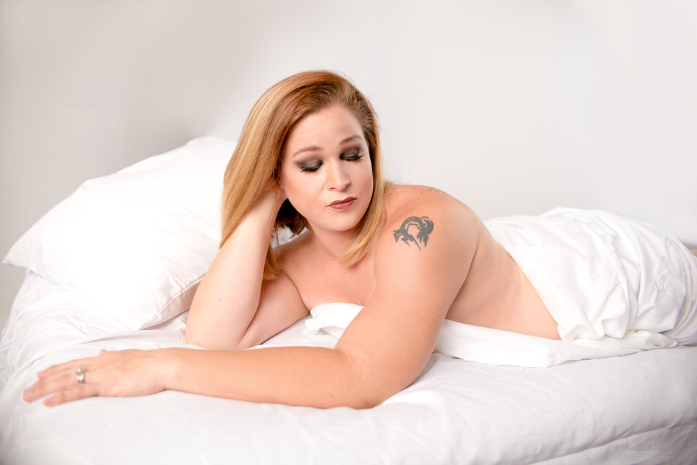 The White Sheet Session — Every woman looks fabulous in the White Sheet!