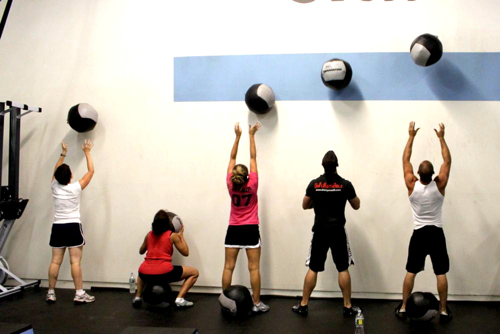 wall-ball-exercise-group.jpg