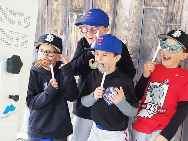 Having a blast at the Fishers - HSE Youth Baseball Opening Day! . . . . . #freezeframez #photobooth #fishersindiana #youthbaseball #hsesports #openingday #partyrental #photoboothwedding #weddingreception #photography #weddingplanner #partyplanner #indyphotobooth #eventrental #indyevent #weddingidea #photoboothfun #eventplanner #eventplanning #photoboothideas #littleleague #sandlot