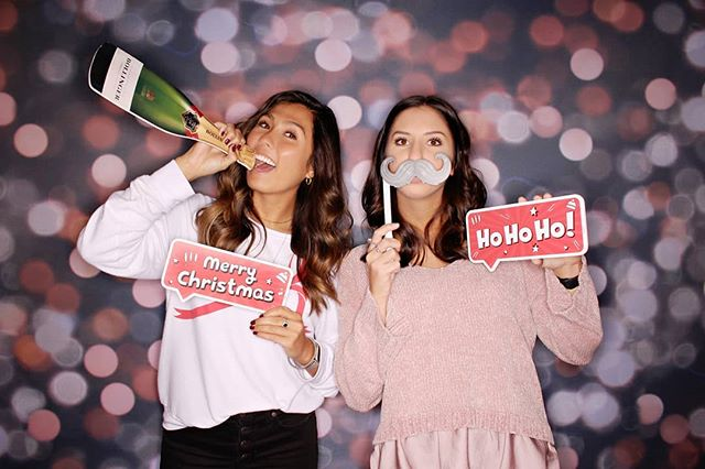Holiday party season is our fave! . . . . . #freezeframez #holidayparty #wedding #reception #photobooth #partyrental #openairbooth #weddingreception #indianapolisphotographer #indianawedding #indianaweddingphotographer #companyparty #partyplanner #weddingplanner #eventrental #corporateevent #indyevent #weddingidea #photoboothfun #eventplanner #eventplanning #indianapolis #indiana #photoboothideas