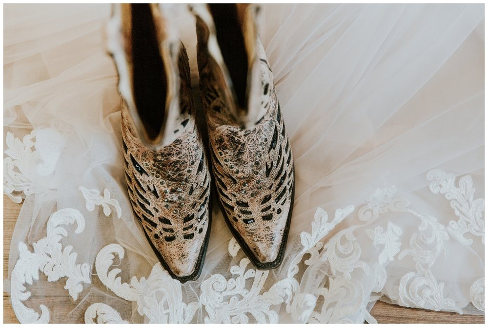 T+K Austin, Texas Outdoor Ranch Wedding Photography_0009.jpg