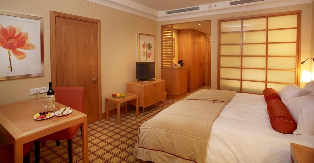 sun-city-hotel-luxury-twin-room-1216.jpg.sunimage.1400.730.jpg