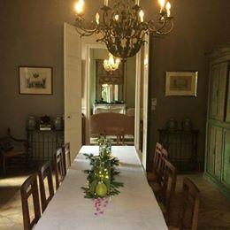 france dining.jpg