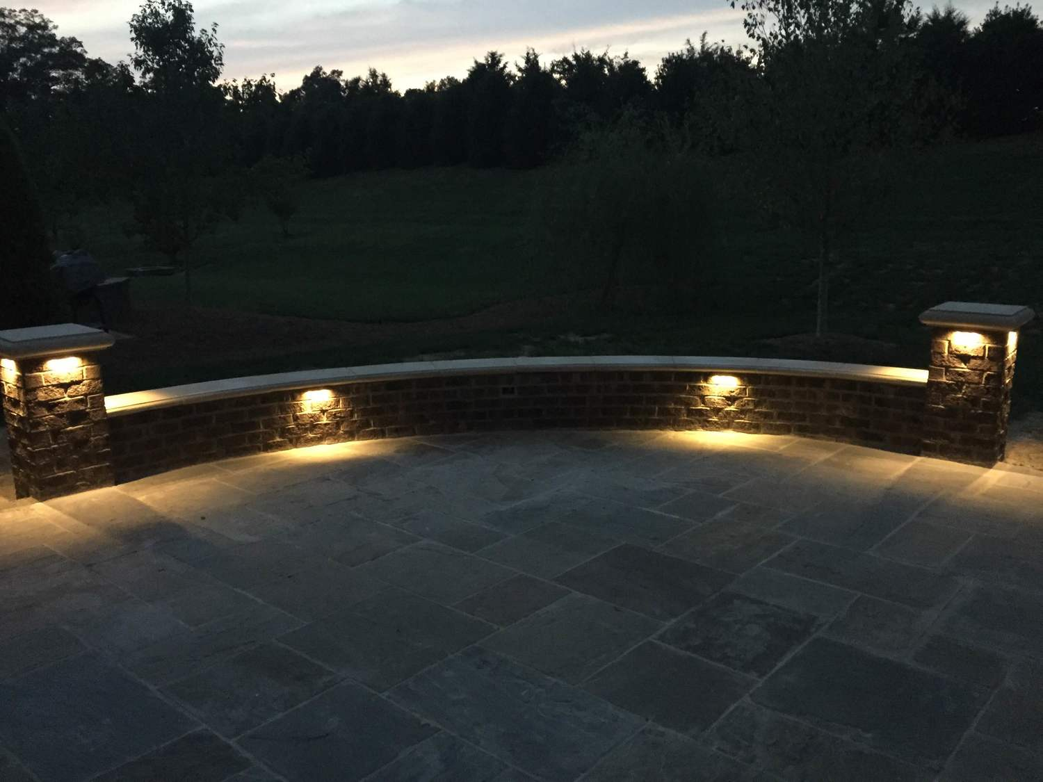 Outdoor lighting kansas city hardscapes outdoor lighting mozeypictures Gallery