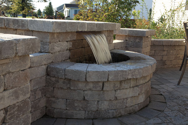 Wall Pondless Water Feature.JPG