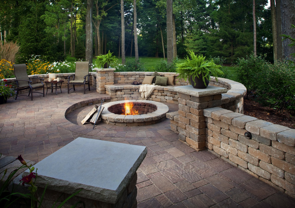 why you should use a hardscape company instead of a landscape