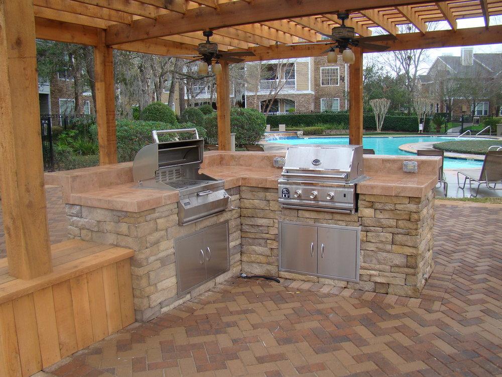 outdoor kitchen 12.jpg