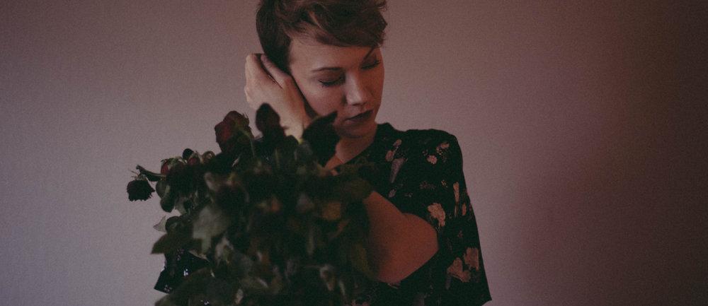 Åse Ava Fredheim - Composer, producer, songwriter, instrumentalist, mix & mastering