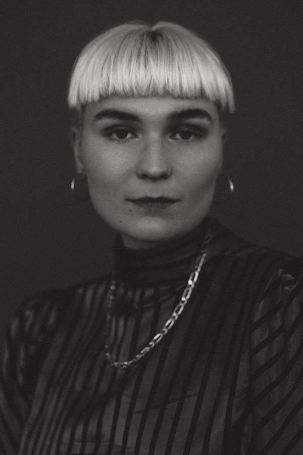 Juliette Aleksine Piiksi - STylist & AD | Fashion & Music