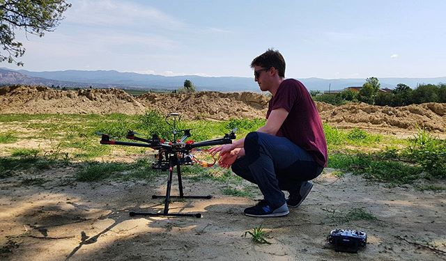 Though a little older than most of our fleet of UAVs, we still bring out the #djis900 for our 360 video aerial shots. . . @djiglobal #dji #s900 #360filming #drone #drones #filmlife🎬 #cinematography #360vr #360video
