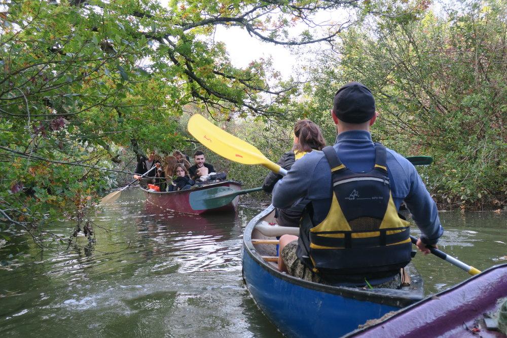 Kayak et canoë sur la L'Eyre (aussi appelée la Petite Amazone)