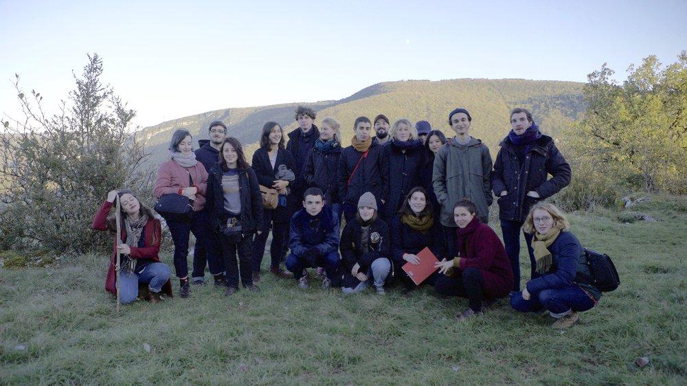 Participants en haut de la Petite Montagne du Jura (crédits photo: Rethi Tan)