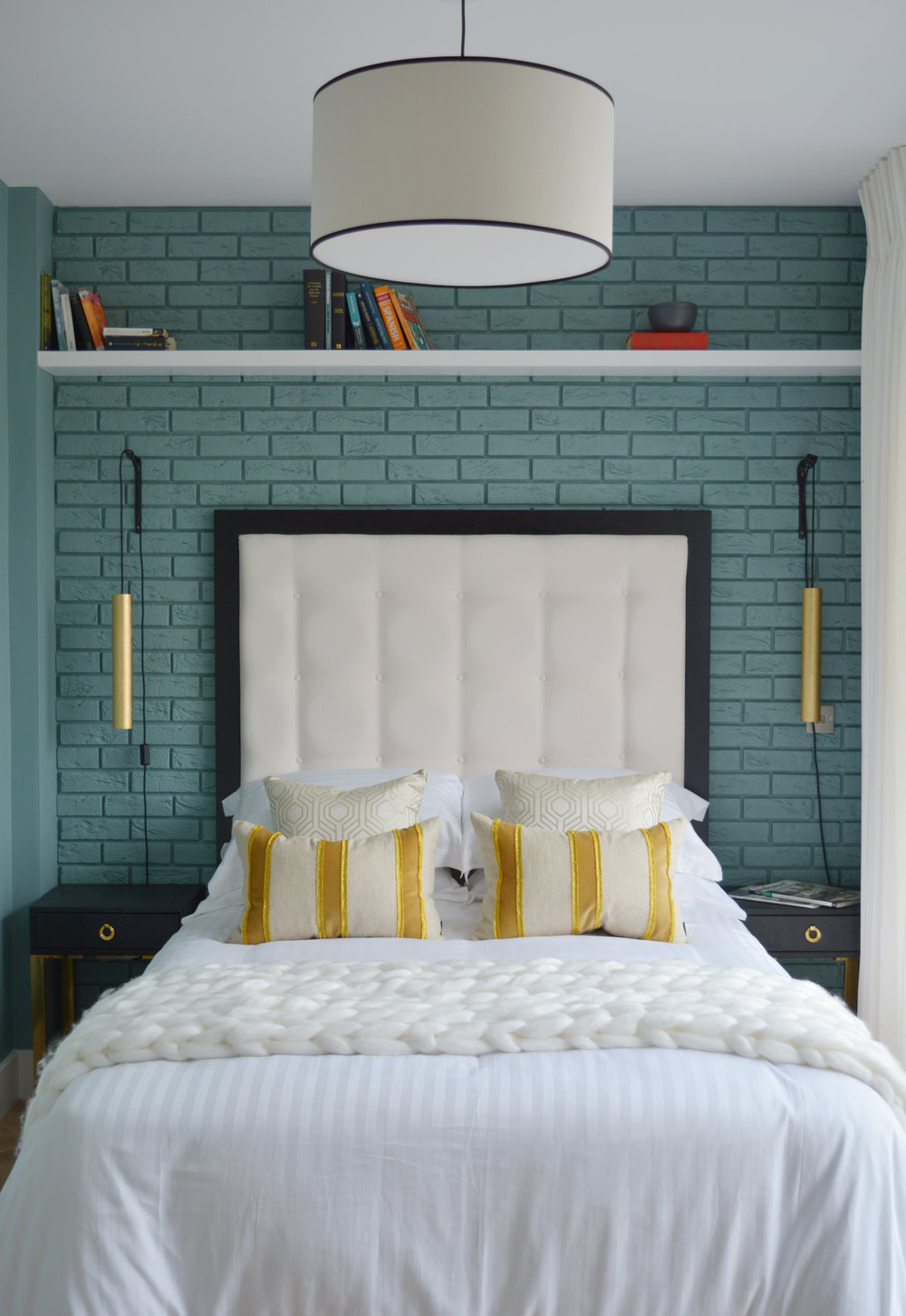 Chunky Knit Throw featured on TV3s Showhouse Showdown.