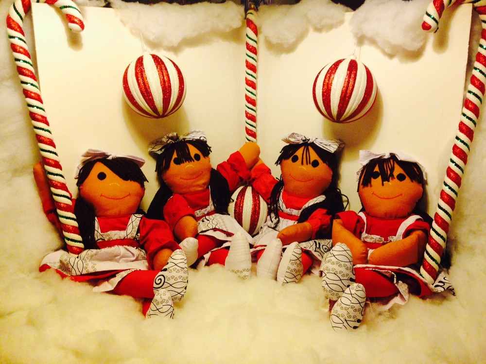 "Enter to Win Your Very Own Sugarfoots ""Peppermint"" Doll This Holiday Season!"
