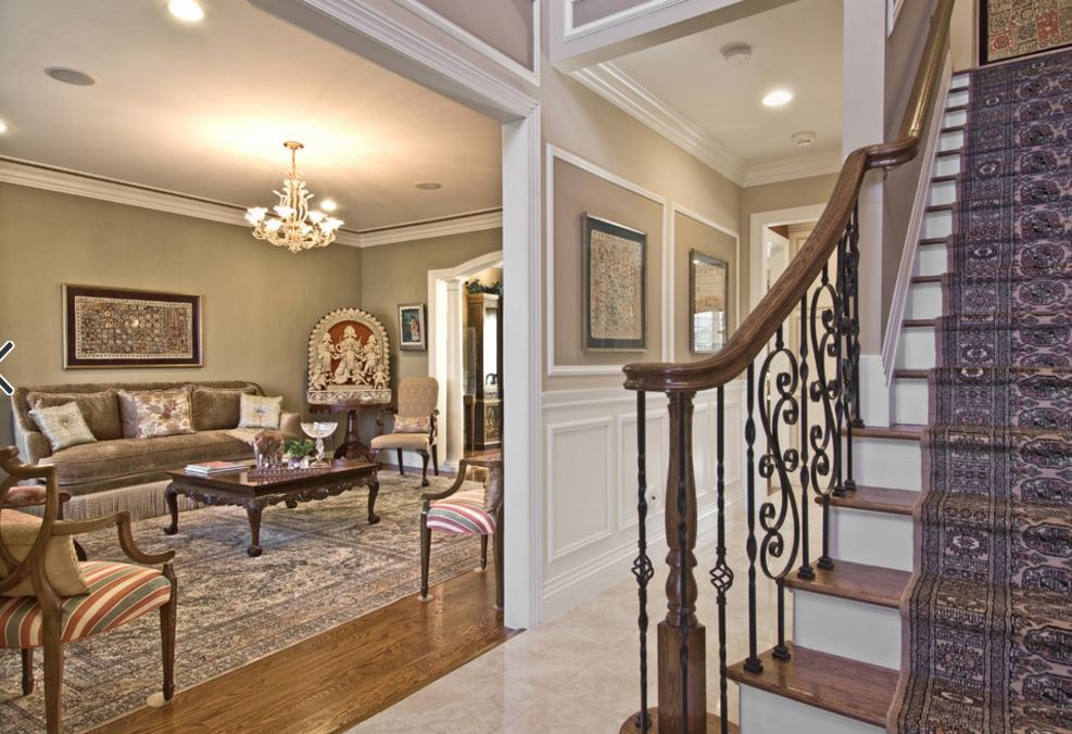 syoset house foyer.JPG