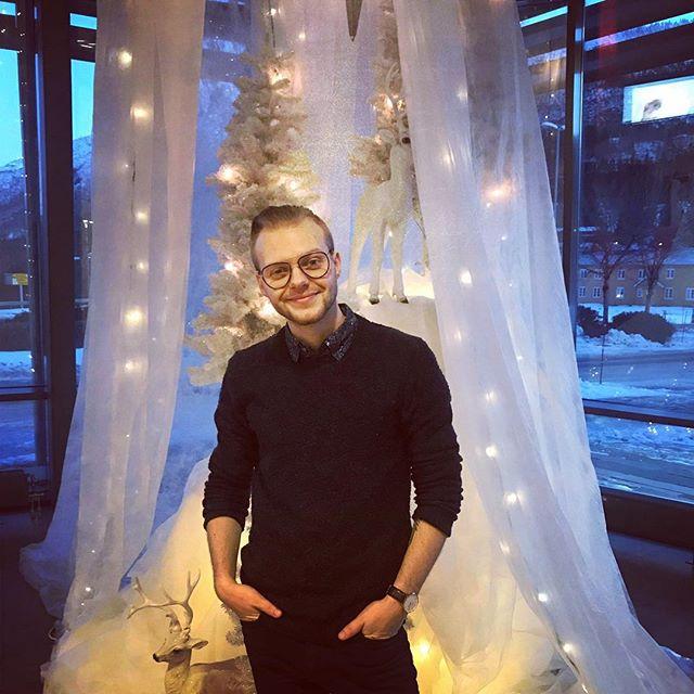 Bankstuekonsert var utrolig hyggelig! Mulig dette blir julekortet i år😇 📸: @livshus