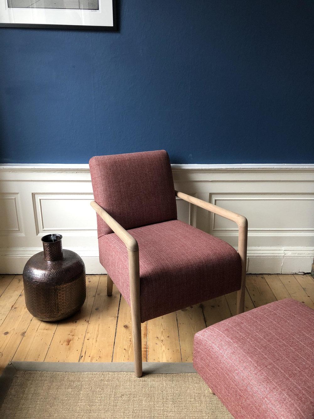 pentland chair.jpg