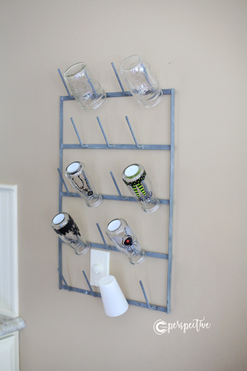 old fashioned cup hanger