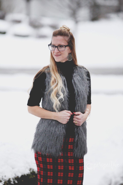 fur vest, plaid skirt, outfit ideas