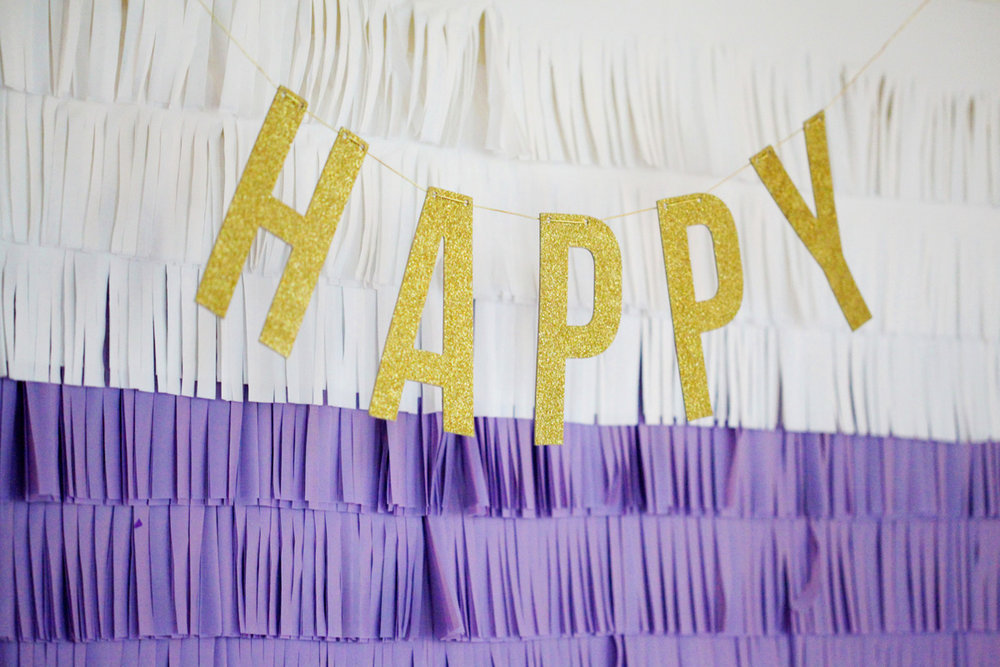 fringe backdrop, party decor