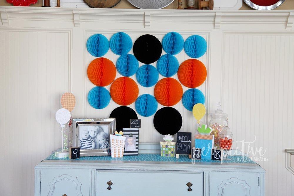 honeycomb backdrop, boy party decor