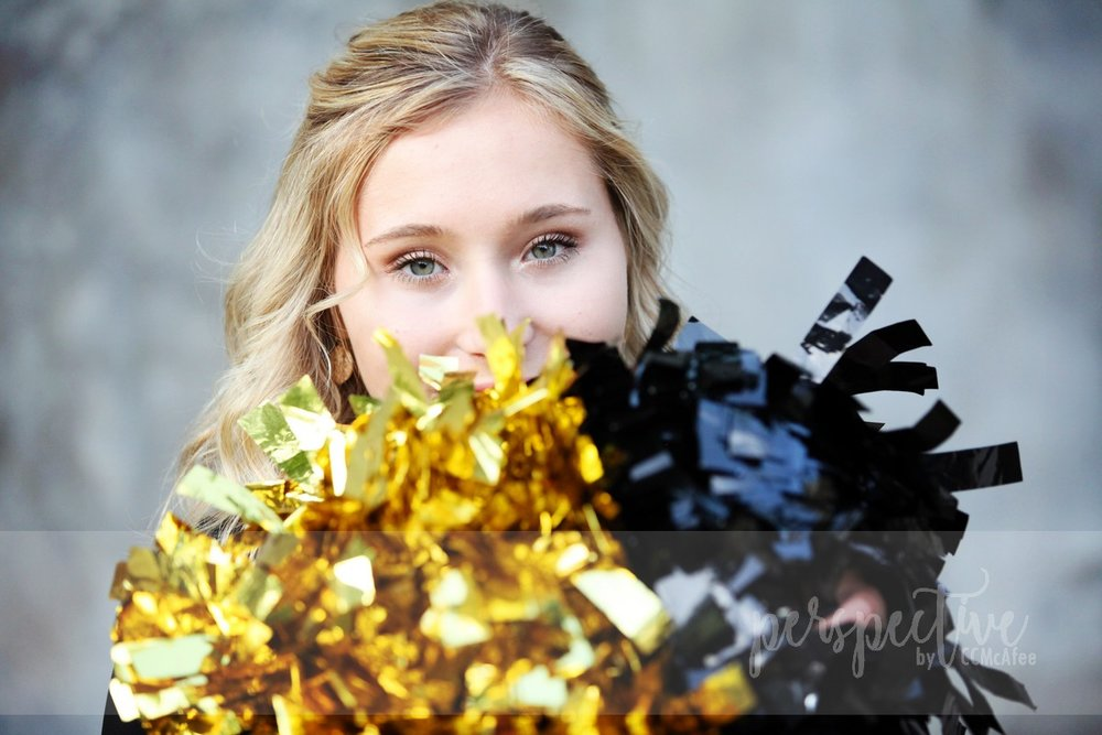 senior shoot cheer