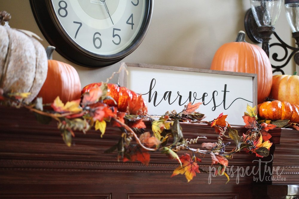 harvest sign fall mantle