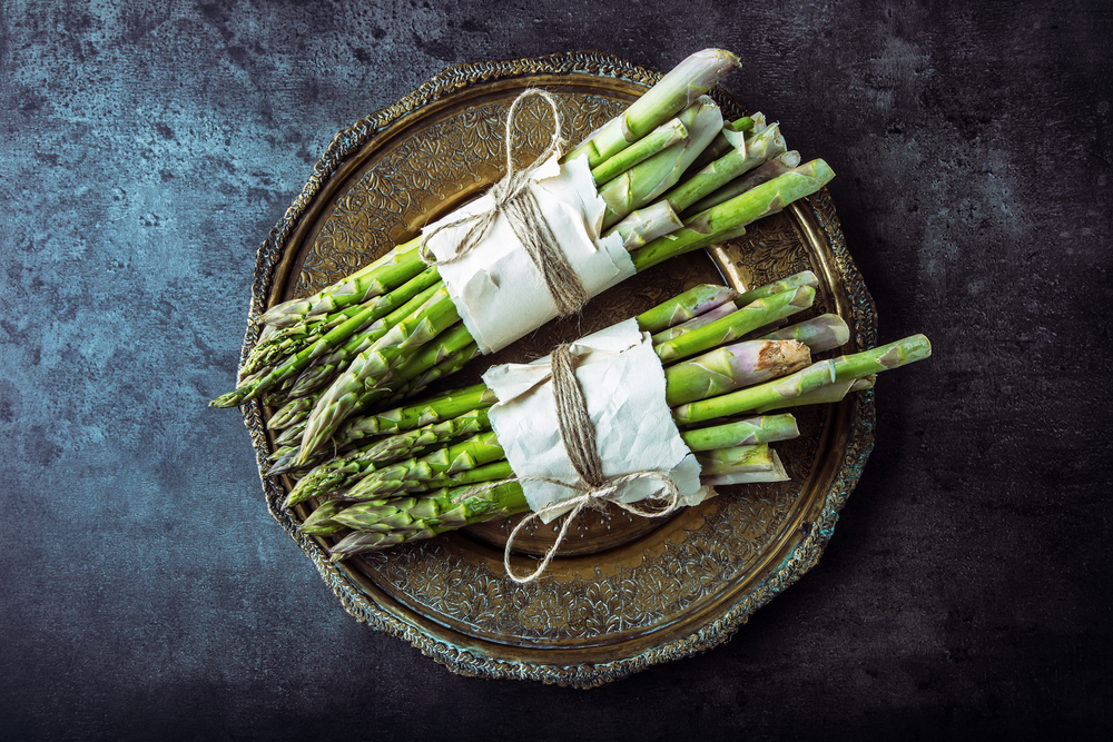 Bunches of asparagus.jpg