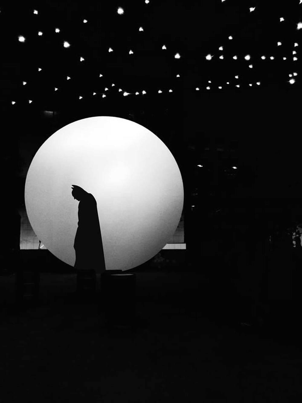 Луна - стала одним из самых популярных объектов с социальных сетях.