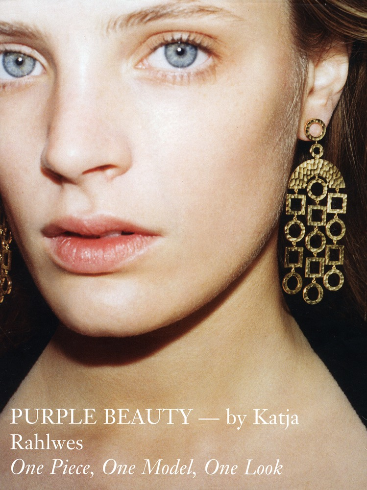 Purple fashion.  Katja Rahlwes