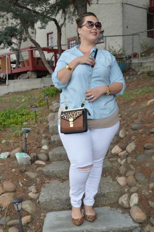 asos, plus size clothing, plus size denim, white pants, denim shirt