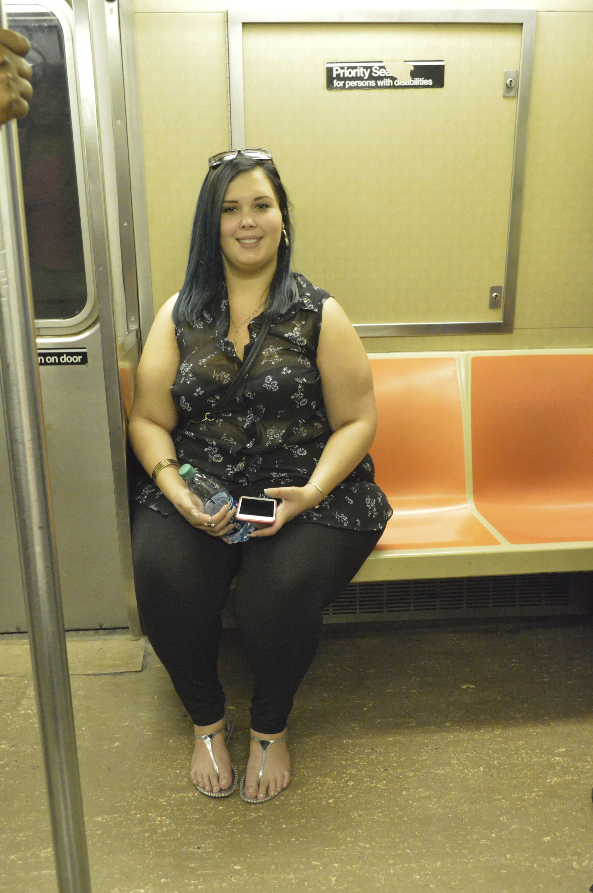 nyc, subway, harlem, plus size clothing, evans