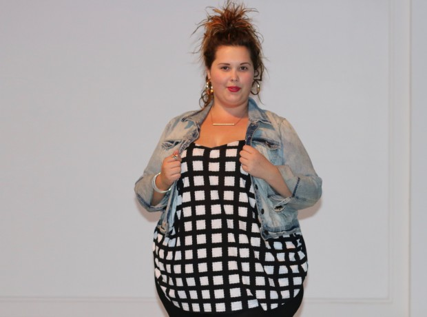 nike, plus size blogger, plus size clothing, black and white outfits