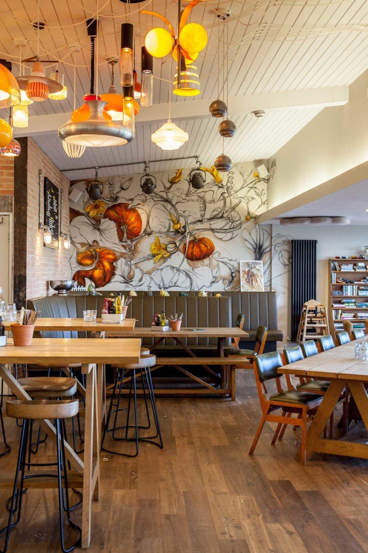 natasha-clutterbuck---giant-pumpkin-mural---yeo-vally-hq.jpg