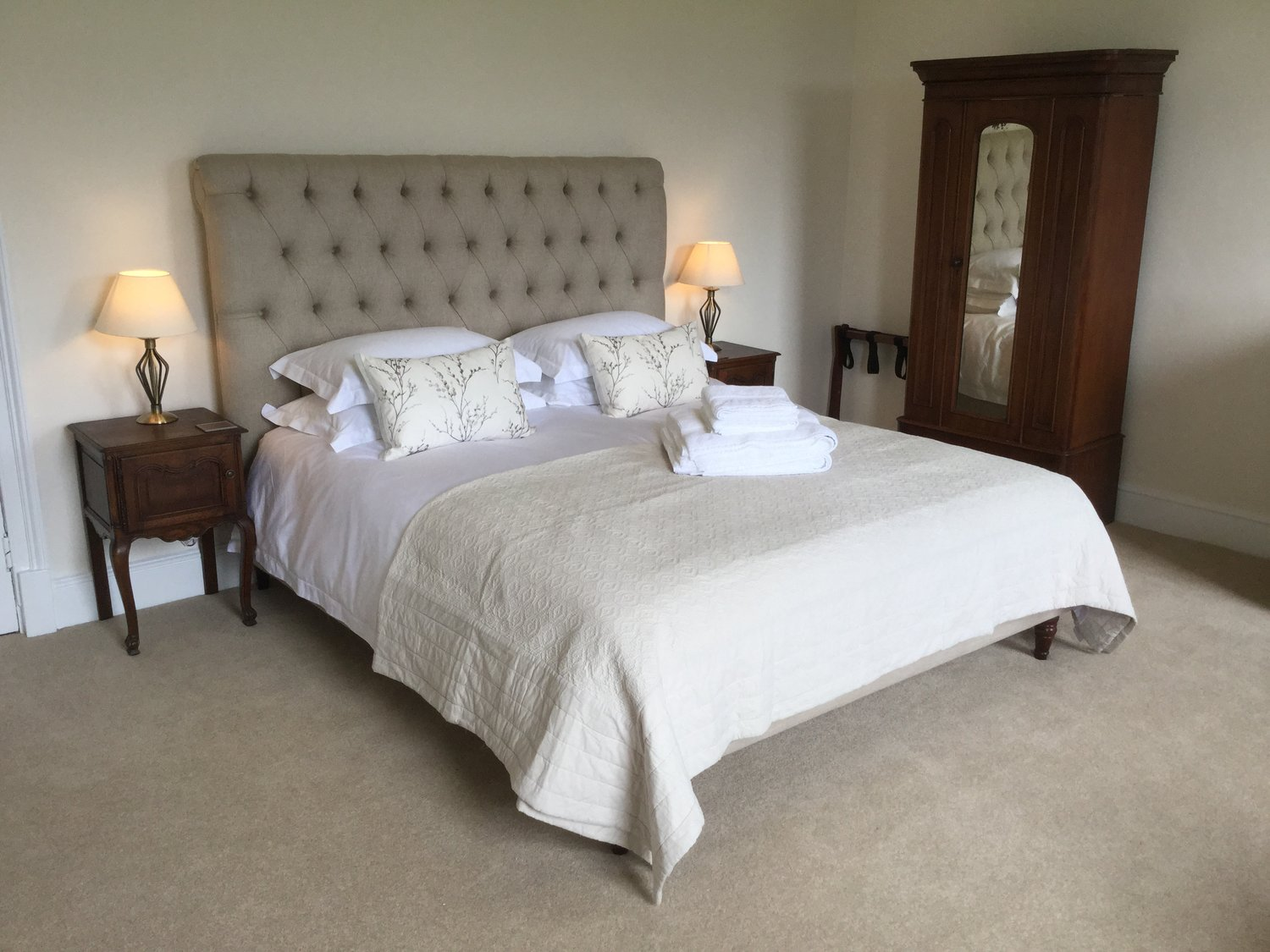 The Master Suite The Old Vicarage At Oakridge - Oakridge bedroom furniture