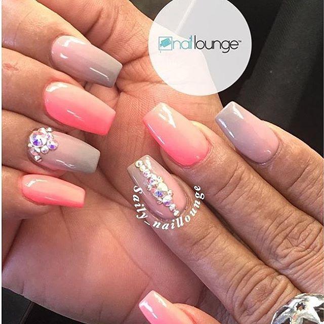 Make sure to say Hello to Saily 💅🏽 • • • #nails #naillounge #nailedbynl #nailart #nailartist #nailswag  #nailpolish #naildesign #nailporn #nail #manicure #nyc #makeup #beauty #fashion #hudabeauty #vegasnay
