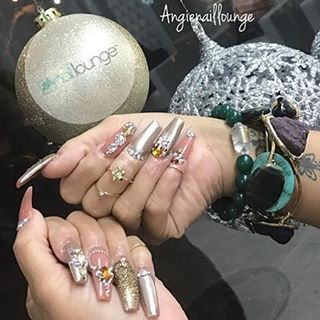 Jingle Bells 💅🏽 💅🏽 #nailedbynl ☎️ 212-567-6700 📍4748 Broadway New York, NY 10040 📧 info@nailloungeny.com 📱App Store: Nail Lounge 💻 www.nailloungeny.com ⏰ Mon 12-7pm, Tues-Thurs 10-7pm, Fri-Sat 10-9pm, Sun 12-6pm  We accept appointments Mon -Thurs & walk-ins 7 days a week.  Download the Nail Lounge App to book appts, stay connected and receive discounts.