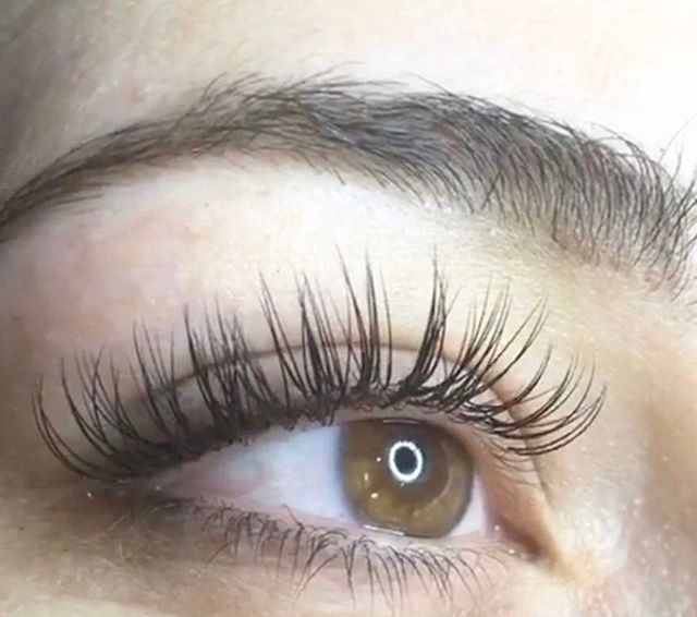 No messy clumps on this natural look Lash Extensions by Bernadett  #nails #naillounge #nailedbynl #nailart #nailartist #nailswag  #nailpolish #naildesign #nailporn #nail #manicure #nyc #makeup #beauty #fashion #hudabeauty #vegasnay #nailsmagazine #wakeupandmakeup #nailedit #nailspro #nailsonfleek #nailsofinstagram #nailstagram #nailsdone