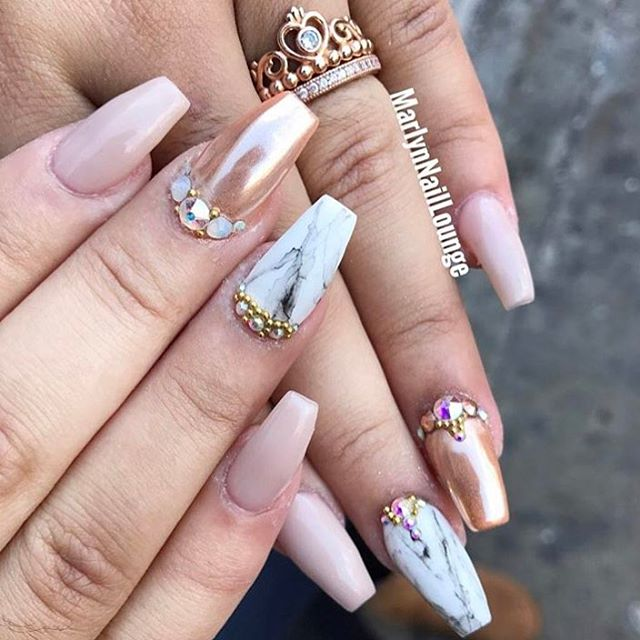 Good morning Everyone!! 💅🏽 We are now open and accepting walk-ins till 8:30pm.
