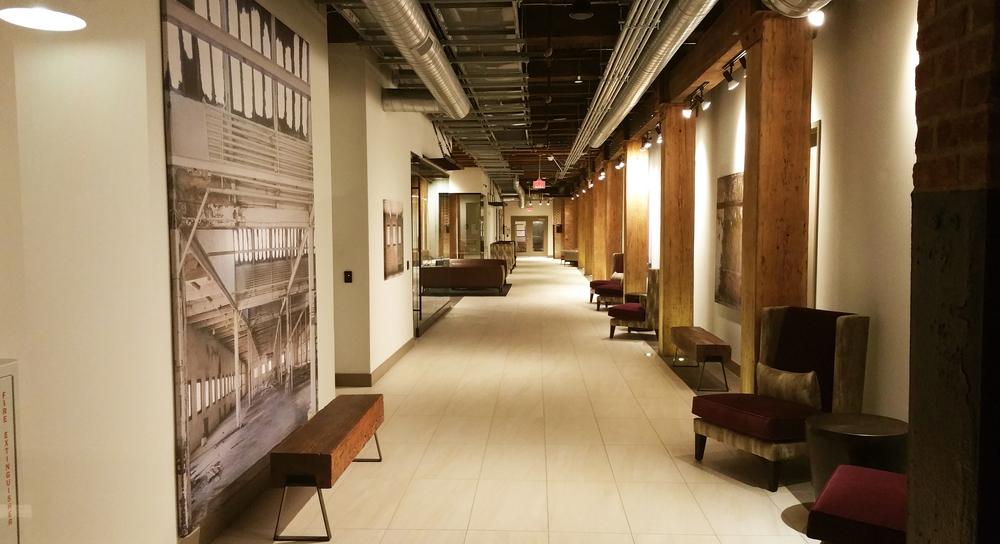Hallway-02.jpg