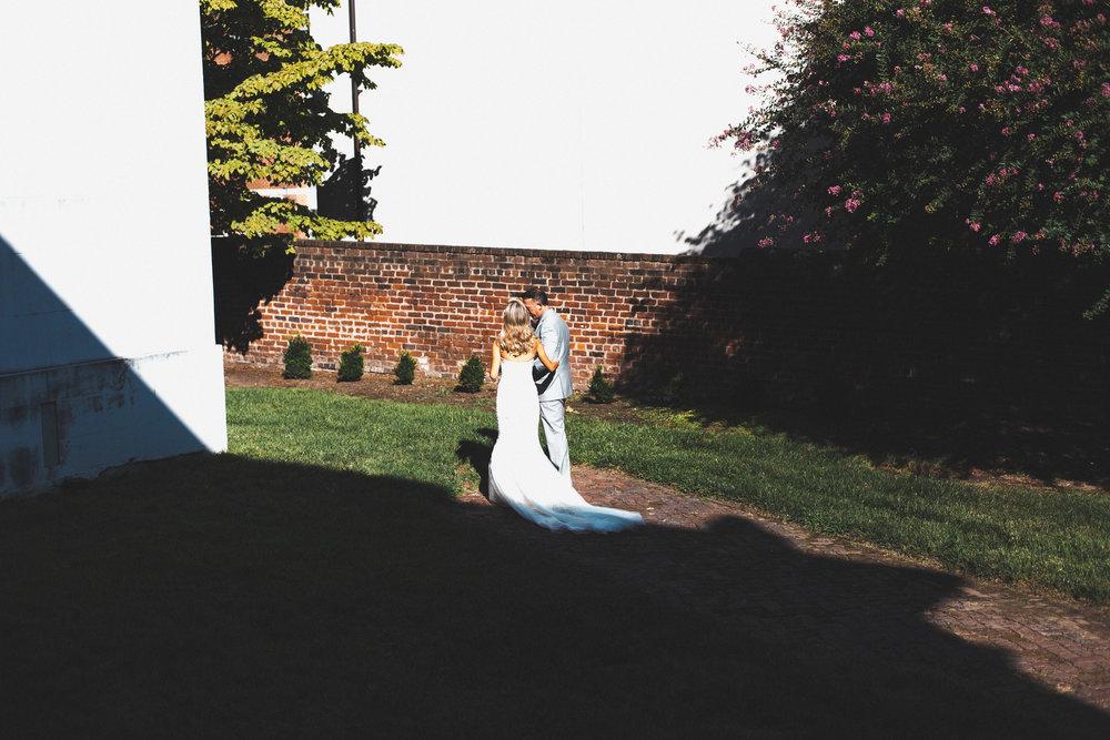 John & Emily 8.20.16-522.jpg