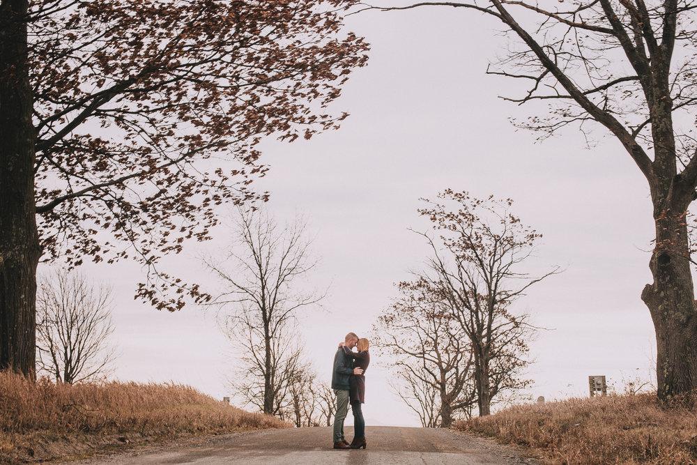 Lida + Brandon Engagement Shoot-118.jpg