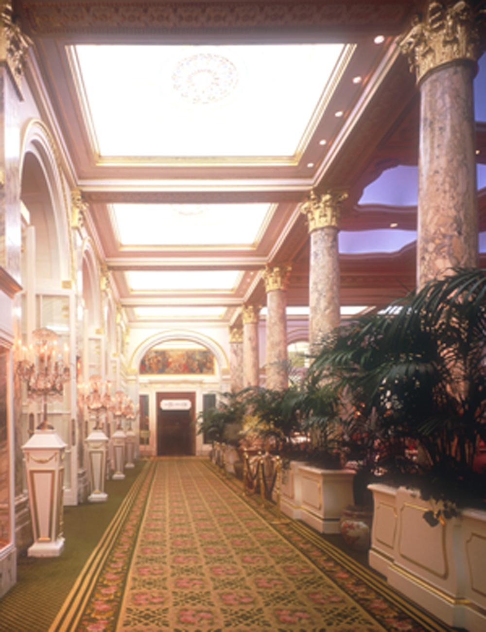 9706 - Plaza - Interior Hallway.jpg