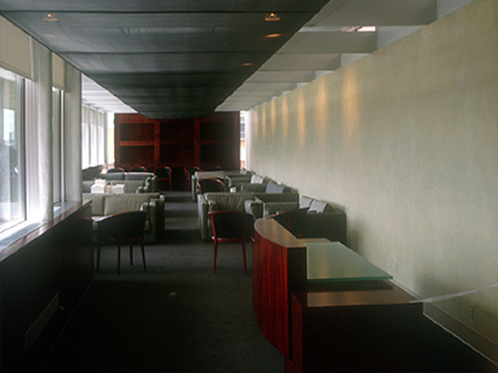 9602 - Interior View - Sitting area.jpg