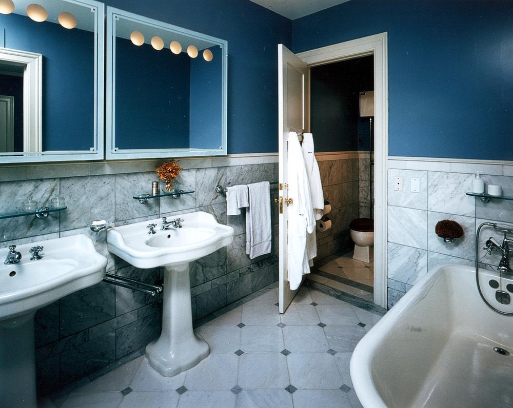 Mystery Point - Interior - Bathroom.jpg