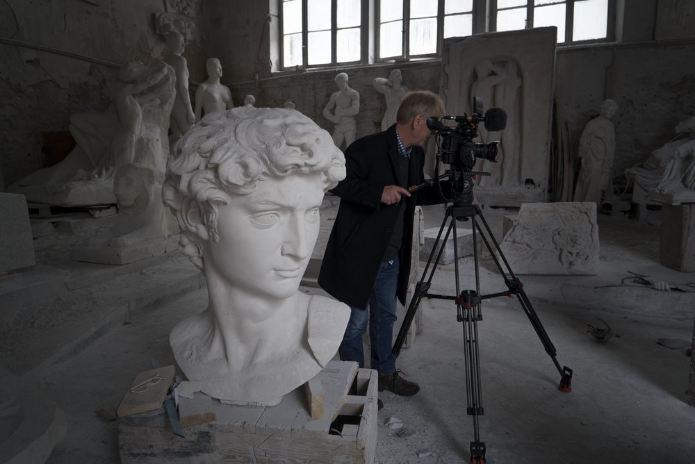 Filming at Studio Nicoli Carrara © David Bickerstaff