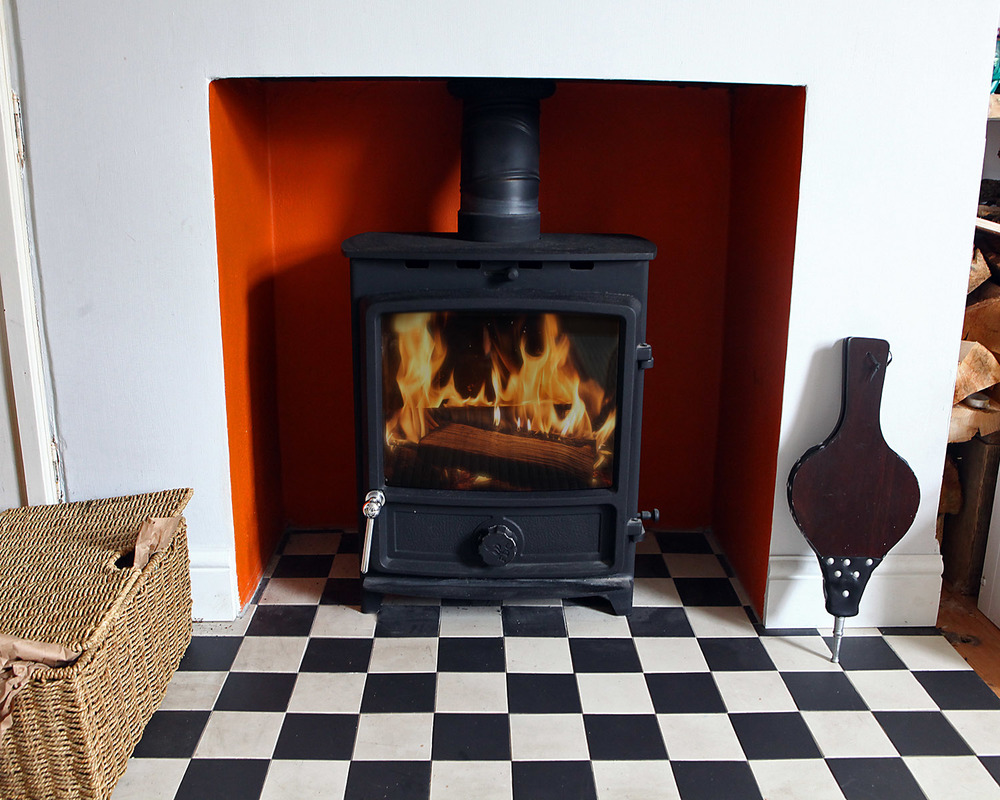 #fdc5wide #multi fuel stove #woodburners brighton #stove installers #tiled hearths